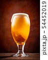 ビールで乾杯 54452019