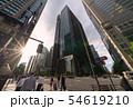日本の東京都市景観  「大手町駅前」の交差点などを望む 54619210