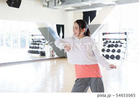 ダンサー ヒップホップ スタジオ フィットネスジム スポーツジム  54653065