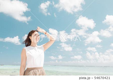 女性 美容 ビューティ スキンケア 海 空 UV 54670421