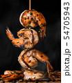 Skewer shrimps burnt grilled with spice seasoning. 54705943