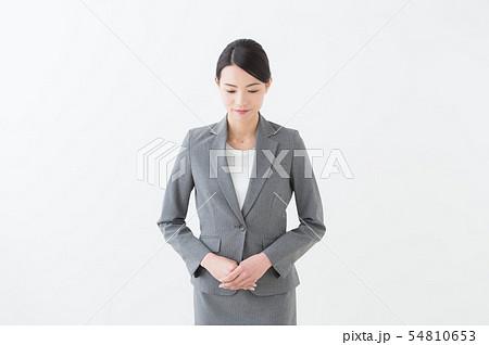 20代女性 グレースーツ 54810653