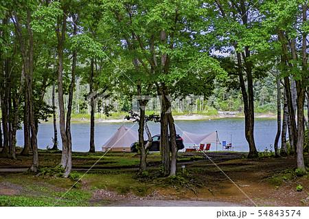 湖畔キャンプ 54843574