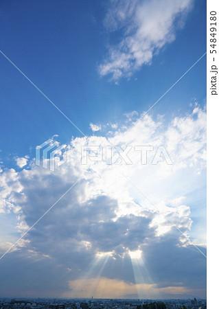 雲・光芒・天使の梯子 54849180