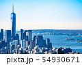 ニューヨーク 1ワールドトレードセンターと自由の女神 54930671