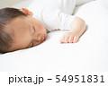 赤ちゃんのお昼寝 54951831