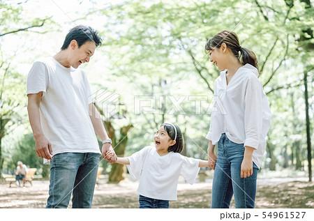 家族 ライフスタイル 公園 54961527
