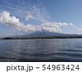 河口湖湖畔 54963424