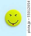 CG 3D イラスト 立体 デザイン バックグラウンド スマイル 笑顔 ピース マーク アイコン 55012054