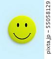CG 3D イラスト 立体 デザイン バックグラウンド スマイル 笑顔 ピース マーク アイコン 55058129