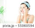 洗顔 クレンジング ビューティー 女性 スキンケア ビューティ 若い女性 美容 55060594