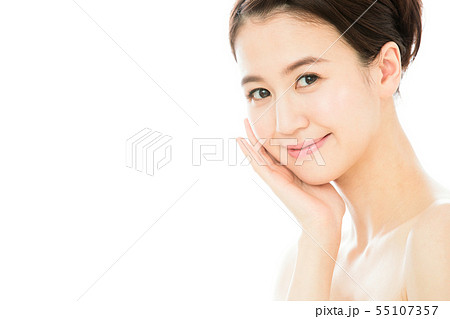 ビューティー 女性 スキンケア ビューティ 若い女性 美容 55107357
