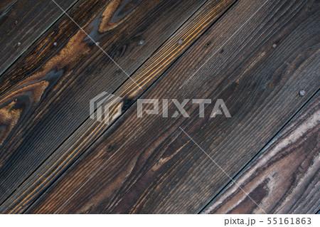 焼き杉板の壁 55161863