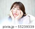 寝室の女性イメージ 55239339