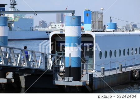 横浜港 55242404