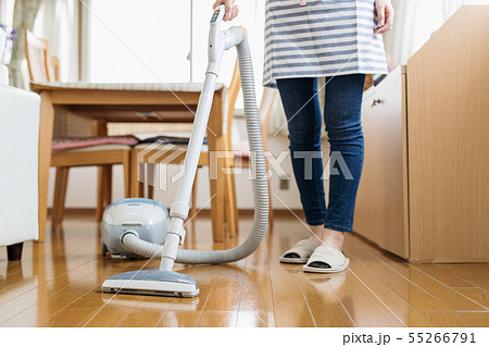 掃除機 主婦 フローリング 55266791