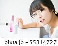 メイク道具と若い女の子 55314727