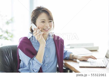 ビジネスウーマン 55322061