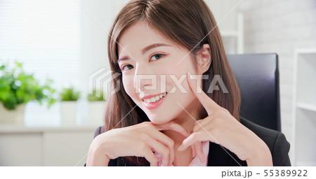 businesswoman has good skin 55389922
