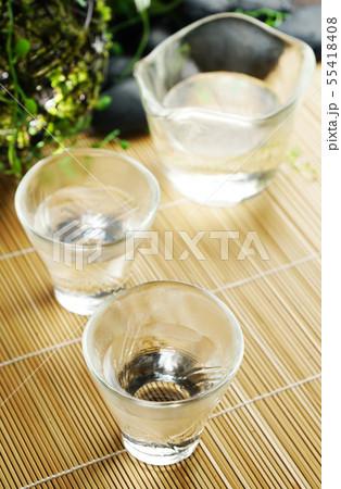 夏の日本酒 55418408