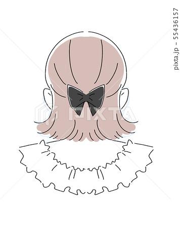 外ハネヘアスタイルの女の子 後ろ姿のイラスト素材 [55436157