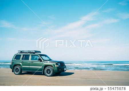 千里浜なぎさドライブウェイを走る車 55475078