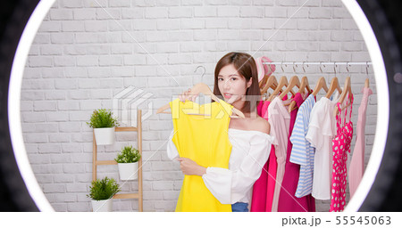 woman sell clothes in livestreaming 55545063