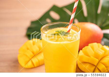 マンゴー マンゴ ジュース 55594022