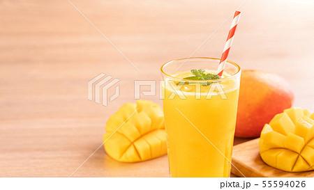 マンゴー マンゴ ジュース 55594026