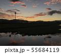 川面の朝焼け permingM 写真素材 55684119