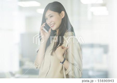 ビジネスウーマン 55690943
