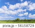 青空と雲と草原の背景素材 暑中見舞い テンプレート 56158729