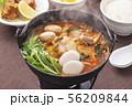 すき鍋 鍋料理 鍋イメージ 56209844