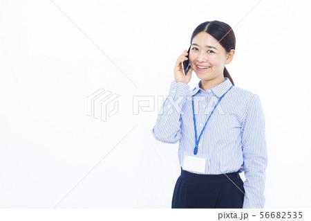 30代女性 オフィスカジュアル 56682535