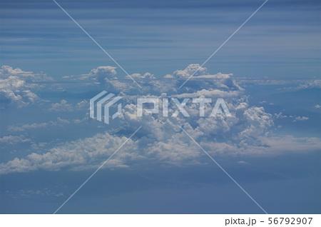 飛行機から見た景色 56792907