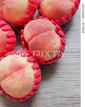 桃 フルーツ 果物 56891360