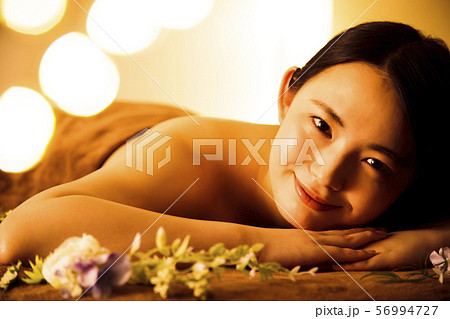 エステ 女性 ビューティー 美容 エステサロン 56994727