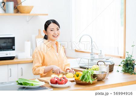 キッチン 56994916