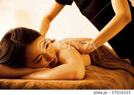 エステ 女性 ビューティー 美容 エステサロン 57016335