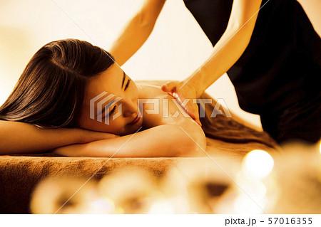 エステ 女性 ビューティー 美容 エステサロン 57016355