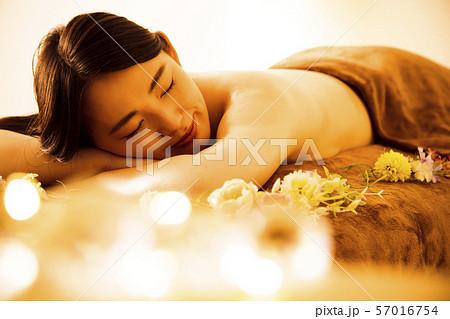 エステ 女性 ビューティー 美容 エステサロン 57016754