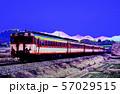 ローカル線を走るキハ58系急行列車イメージ 57029515