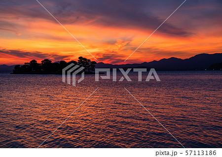 《島根県》宍道湖の夕景・夕日の名所 57113186