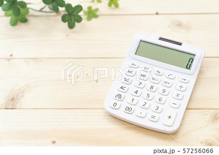 電卓 計算イメージ 57256066