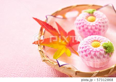 秋彼岸の打ち菓子 57312868