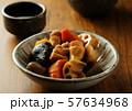 筑前煮と日本酒 57634968