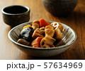 筑前煮と日本酒 57634969