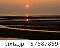 真玉海岸の夕日 57687859