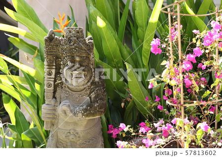 石像の神様 57813602