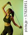 女性 スポーツ アスリート 57828951